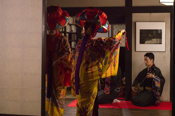 「四つ竹」沖縄芸能 踊てぃ遊ば