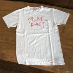 写真: Tシャツ「PLAY FAST」  ポケット付/ホワイト
